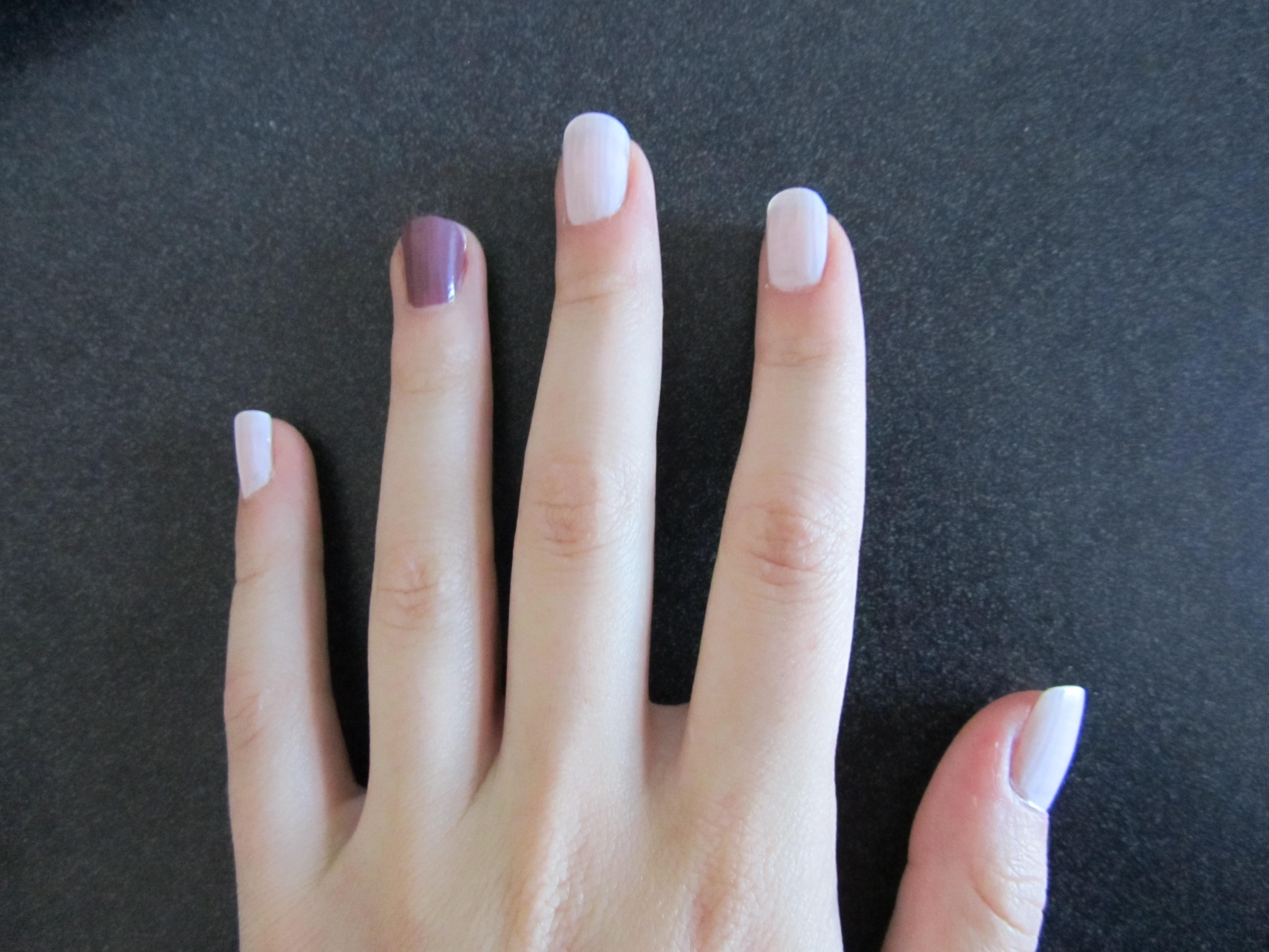 Painting One Nail A Different Color Trend